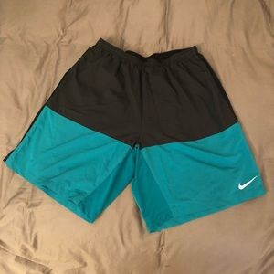 Nike Dry-fit shorts turquoise and black